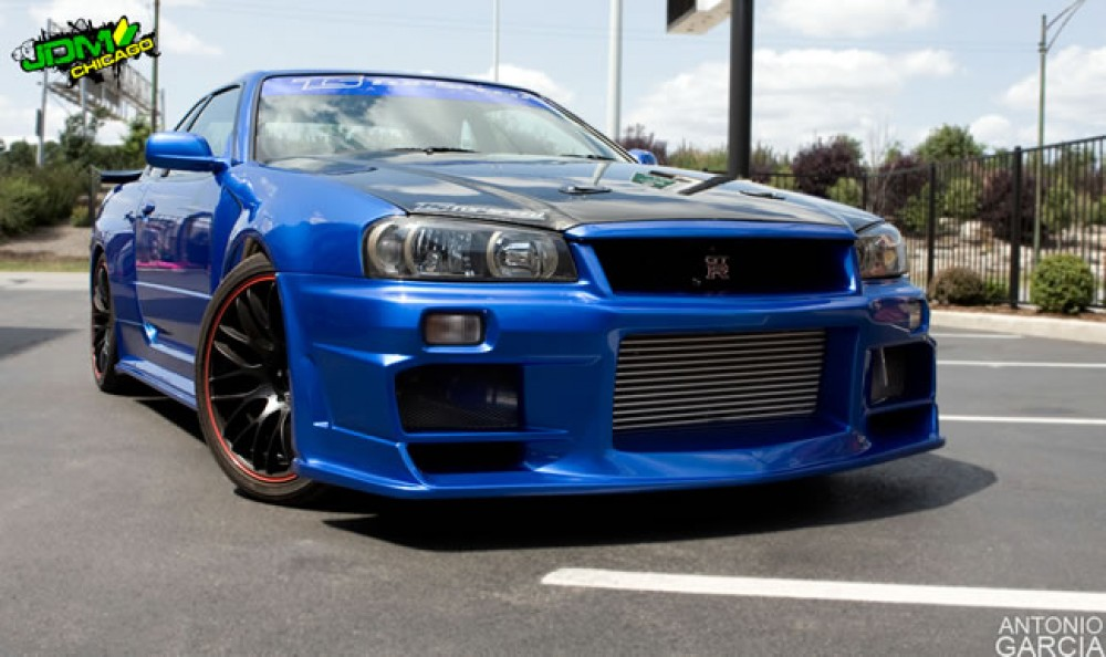 OEM-STYLE CARBON FIBER HOOD FOR 1999-2002 NISSAN SKYLINE