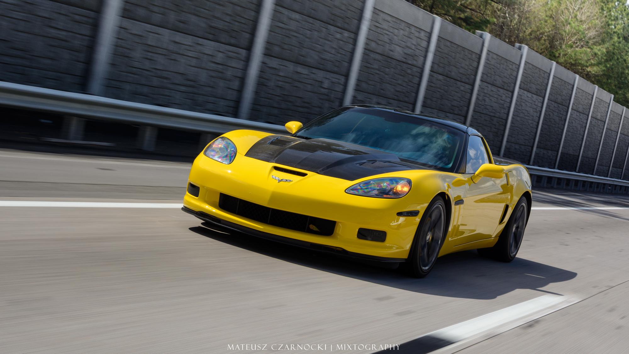 #WallpaperWednesday: Chevy Corvette C6 Edition